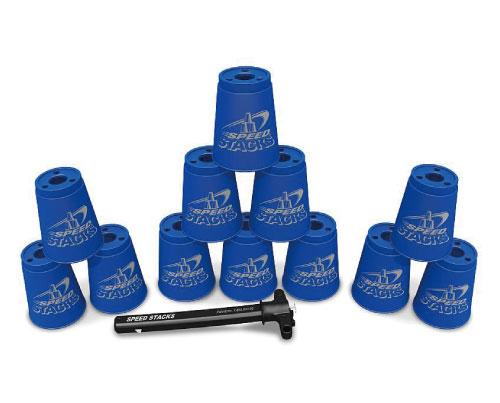 競技では12個を1セットとして使用します。持ち歩きには付属のホルダーが便利です。